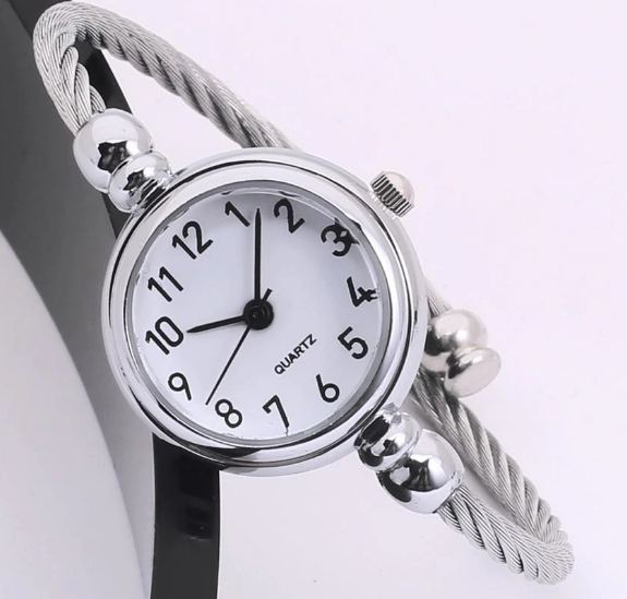 Luxury For women watches Glass Mirror bracelet Roman numeral watches circular analog Quartz wristwatches Ladies relogio feminino