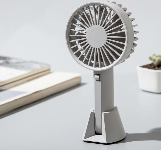 Portable Fan With Built-In Rechargeable Battery 2000 500mausb Mini Handheld Fan